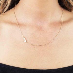 NWT Initial J Alphabet Necklace Gold Tone